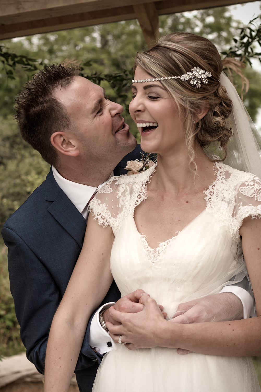 A Rustic Country Wedding at Knightor Winery - Image 24