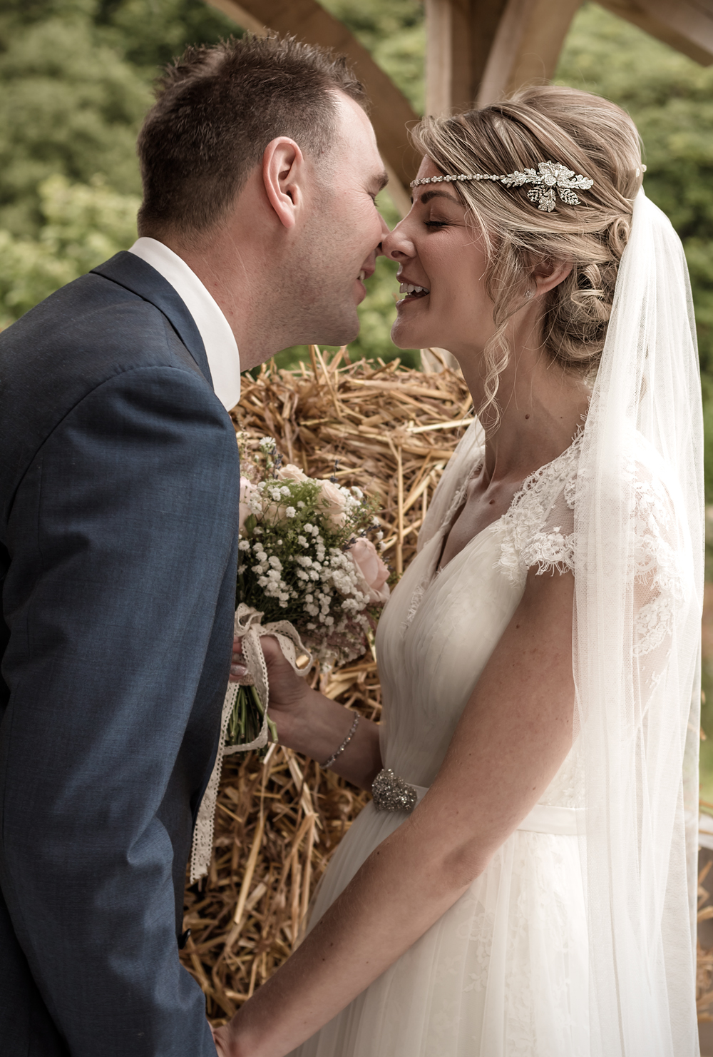 A Rustic Country Wedding at Knightor Winery - Image 22
