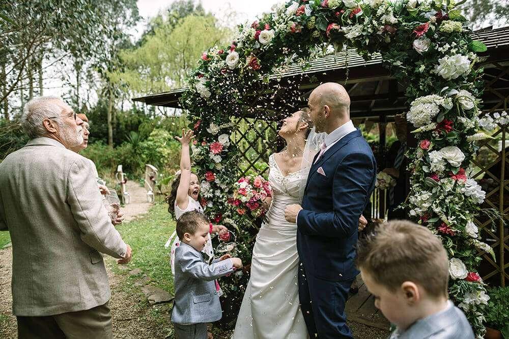 the-emerald-wedding-confetti-cornwall