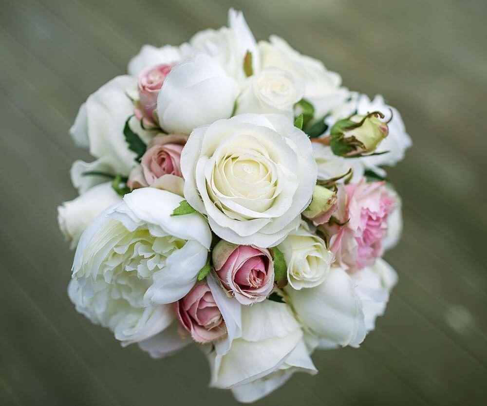 the-emerald-wedding-flowers-cornwall