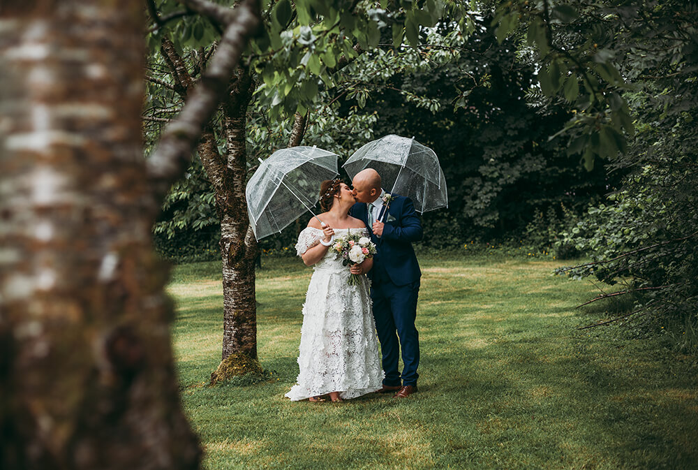 the green wedding venue cornwall photographer tracey warbey photography