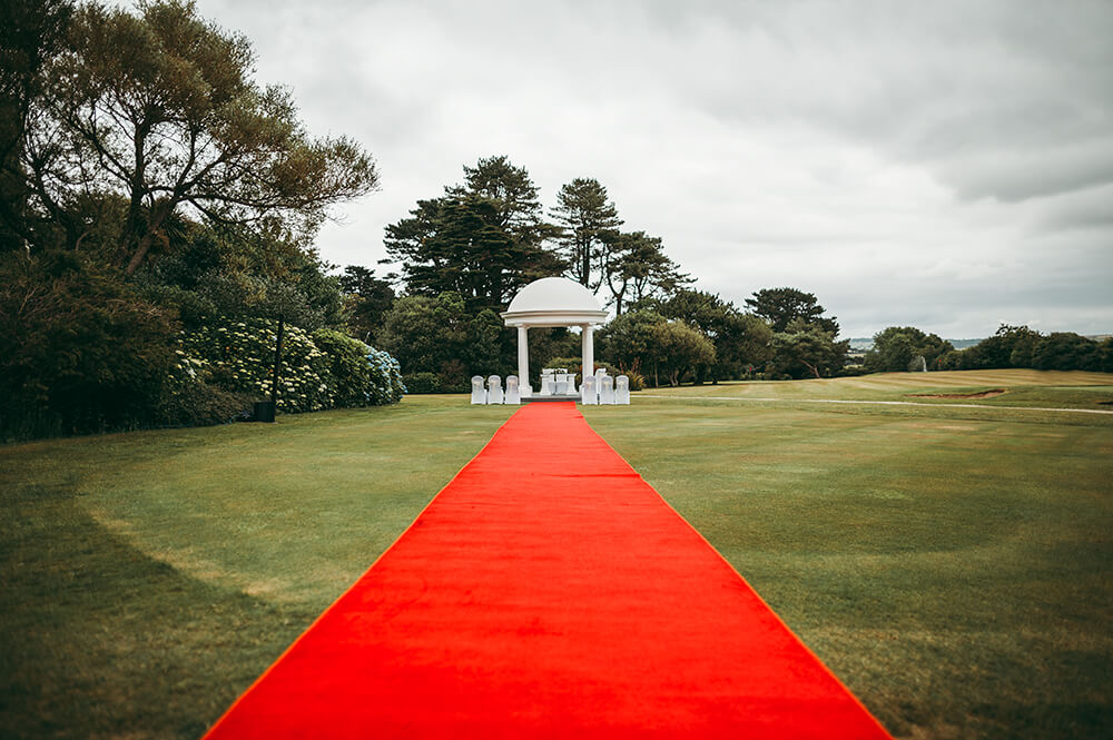 A classic, elegant wedding at The Carlyon Bay Hotel photographed by Tracey Warbey for Frankie & Dave June 2017 Image 6