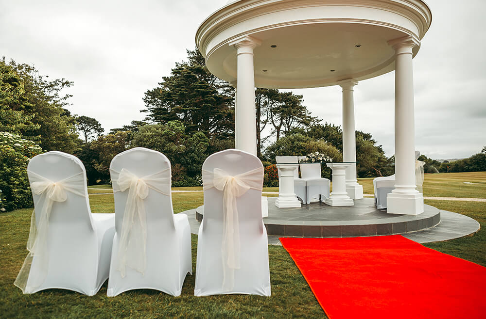 A classic, elegant wedding at The Carlyon Bay Hotel Image 7