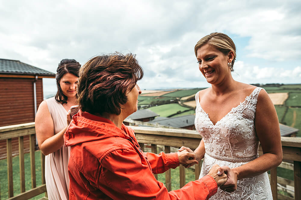 A coastal fort wedding at Whitsand Bay - Image 19