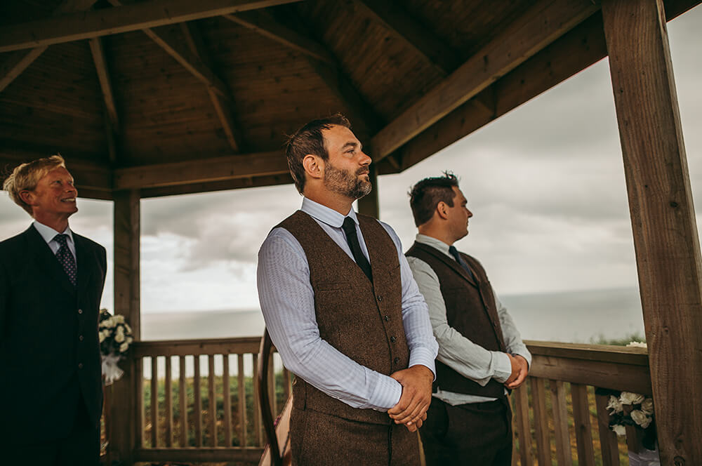 A coastal fort wedding at Whitsand Bay - Image 25