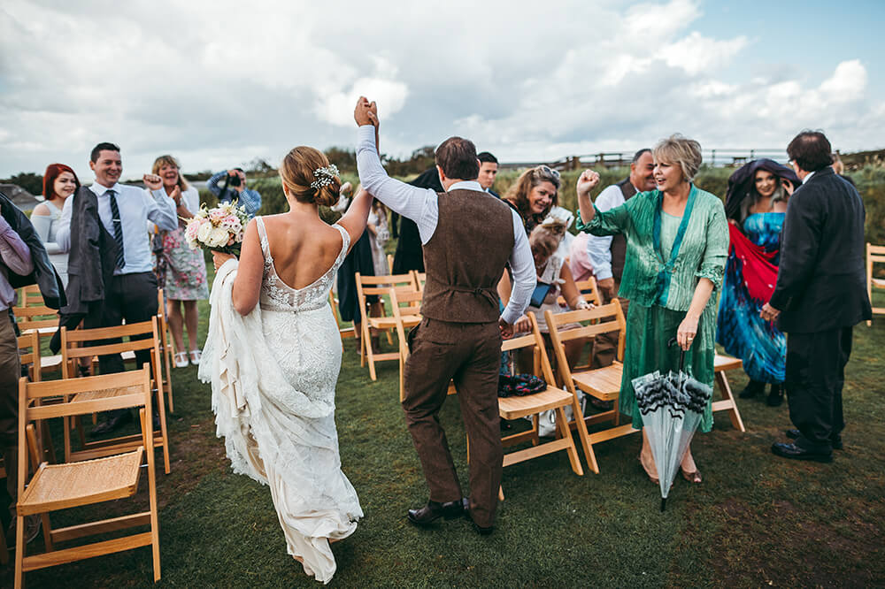 A coastal fort wedding at Whitsand Bay - Image 41