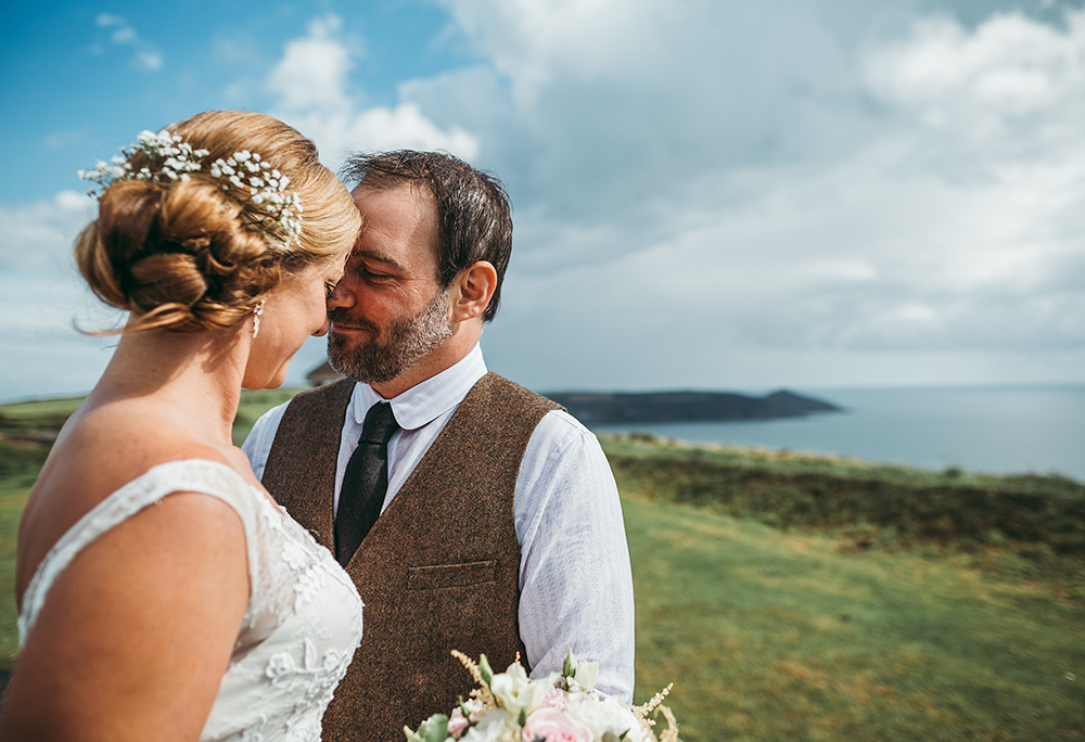 A coastal fort wedding at Whitsand Bay - Image 43