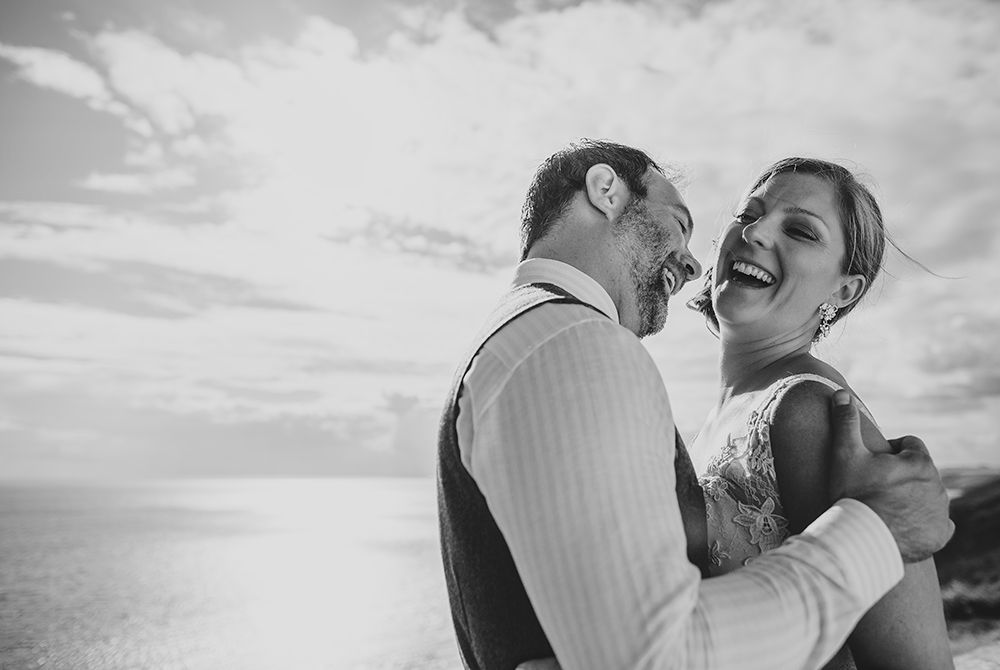 A coastal fort wedding at Whitsand Bay - Image 47