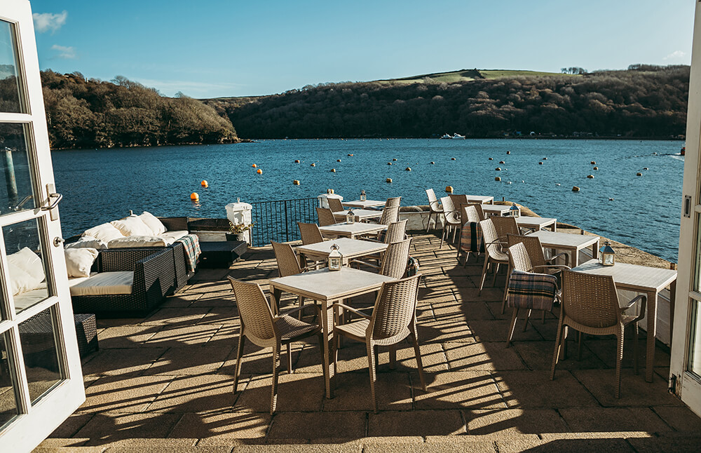 A Fowey boutique wedding at The Old Quay House Hotel - Image 11