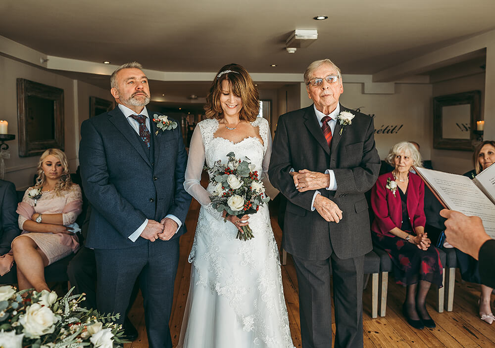 A Fowey boutique wedding at The Old Quay House Hotel - Image 16