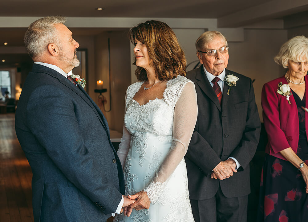 A Fowey boutique wedding at The Old Quay House Hotel - Image 18