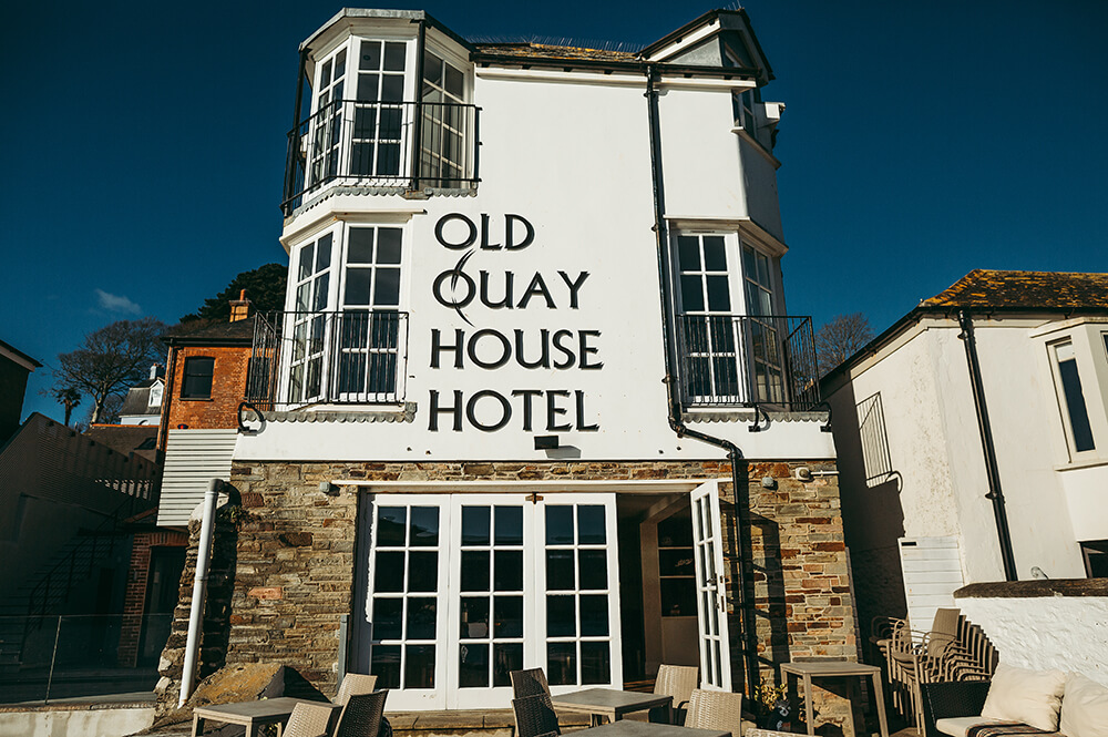 A Fowey boutique wedding at The Old Quay House Hotel - Image 2