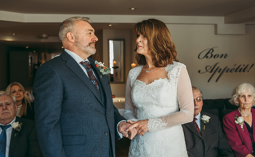 A Fowey boutique wedding at The Old Quay House Hotel - Image 23