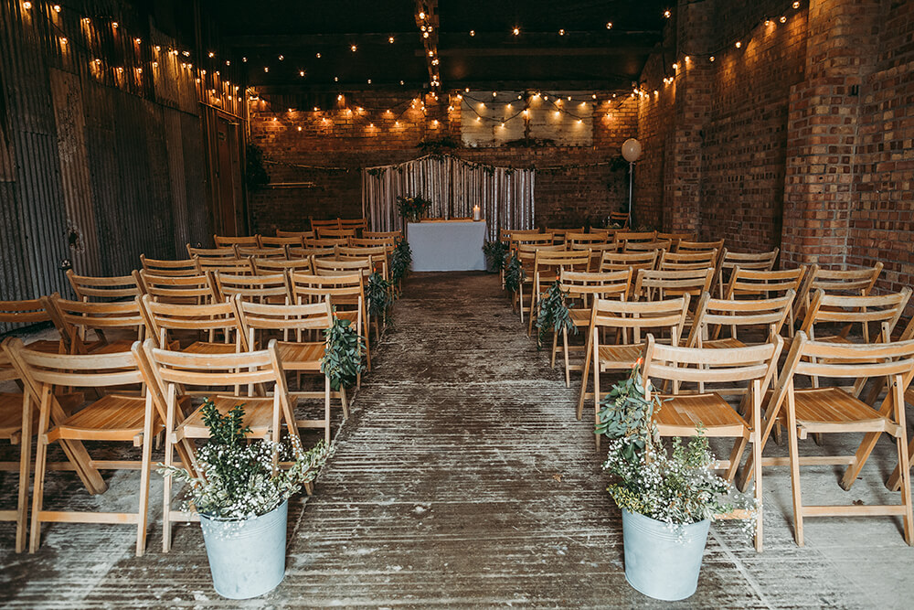 Sarah and Paul's rustic winter wedding at The Green in Cornwall - Image 11