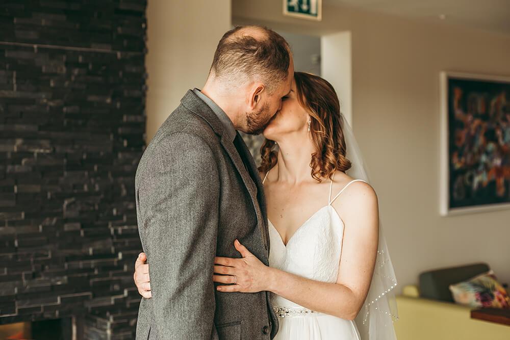 The Scarlet Hotel Cornwall spring wedding- Image 41
