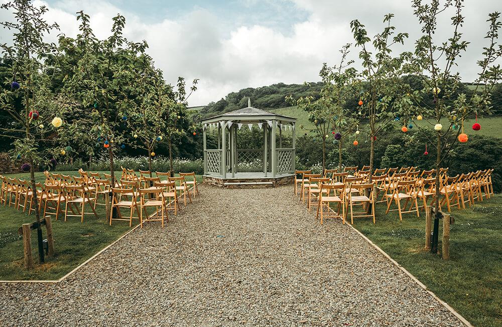pengenna-manor-summer-house-outdoor-wedding