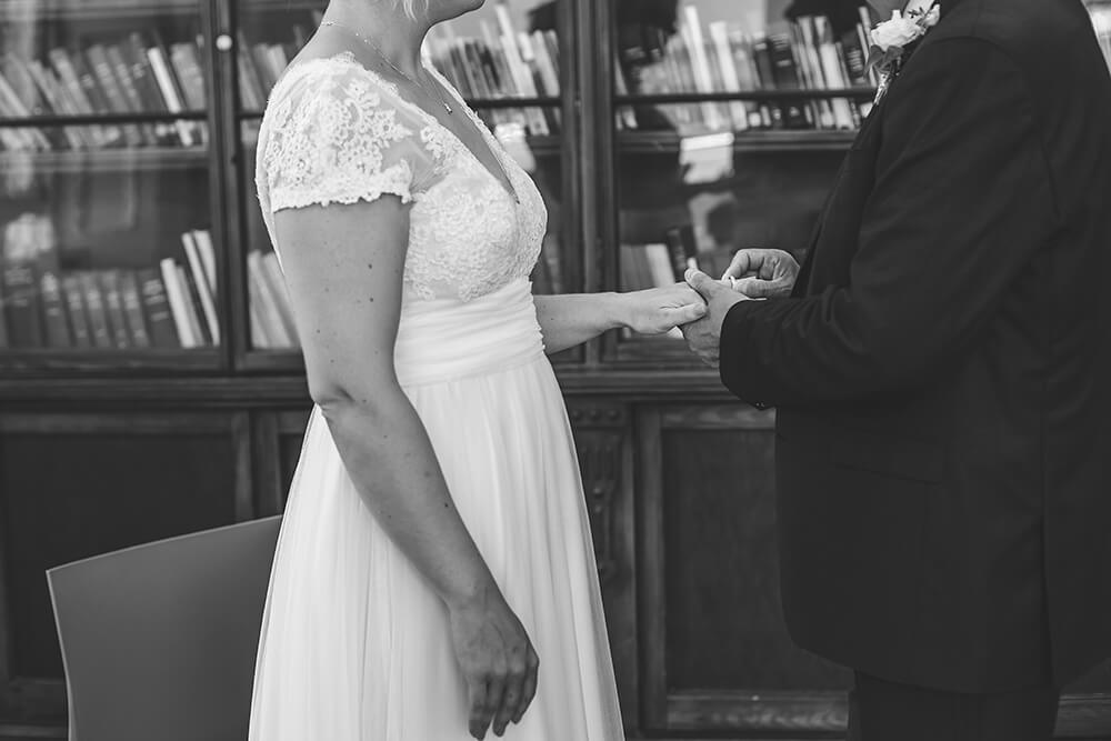 Penzance wedding photographer Tracey Warbey Photography - Image 13