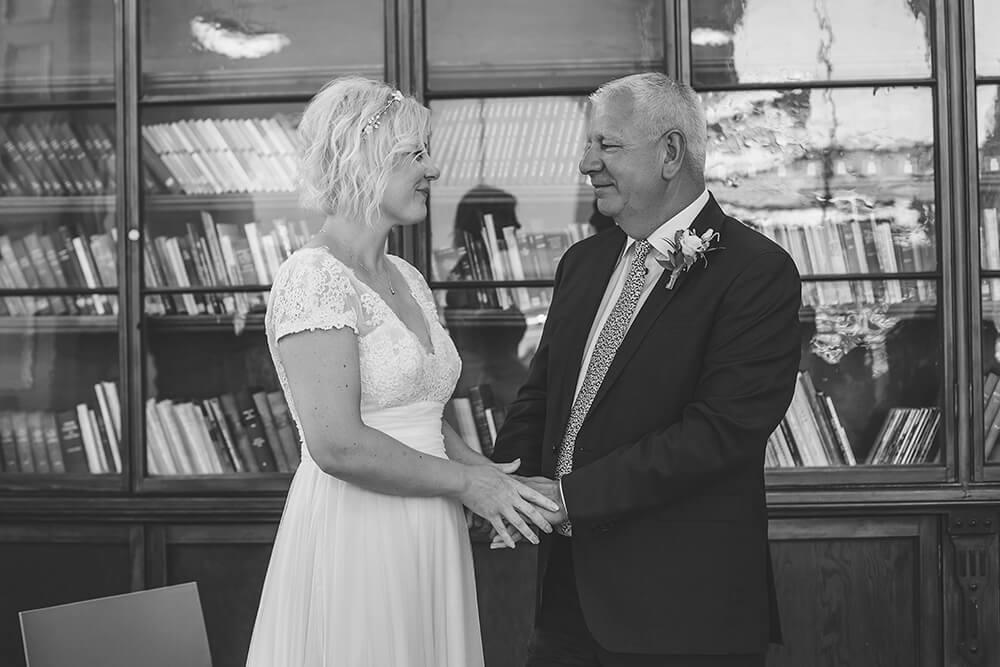 Penzance wedding photographer Tracey Warbey Photography - Image 17