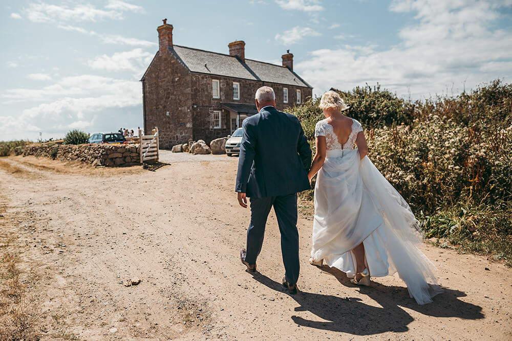 Penzance wedding photographer Tracey Warbey Photography - Image 39