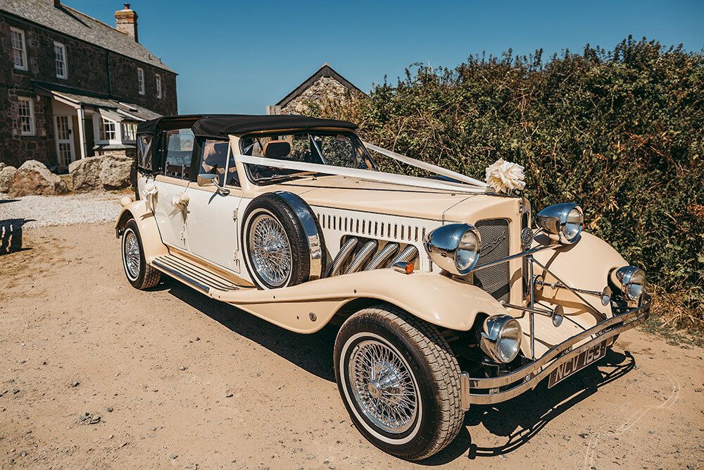 Penzance wedding photographer Tracey Warbey Photography - Image 4