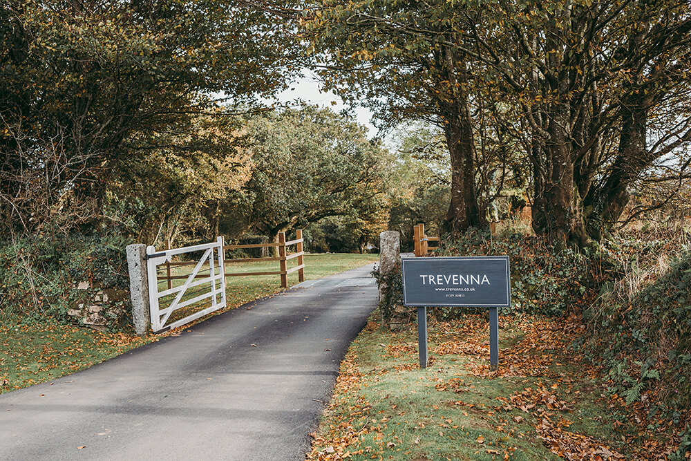 trevenna autumn weddings - Image 1