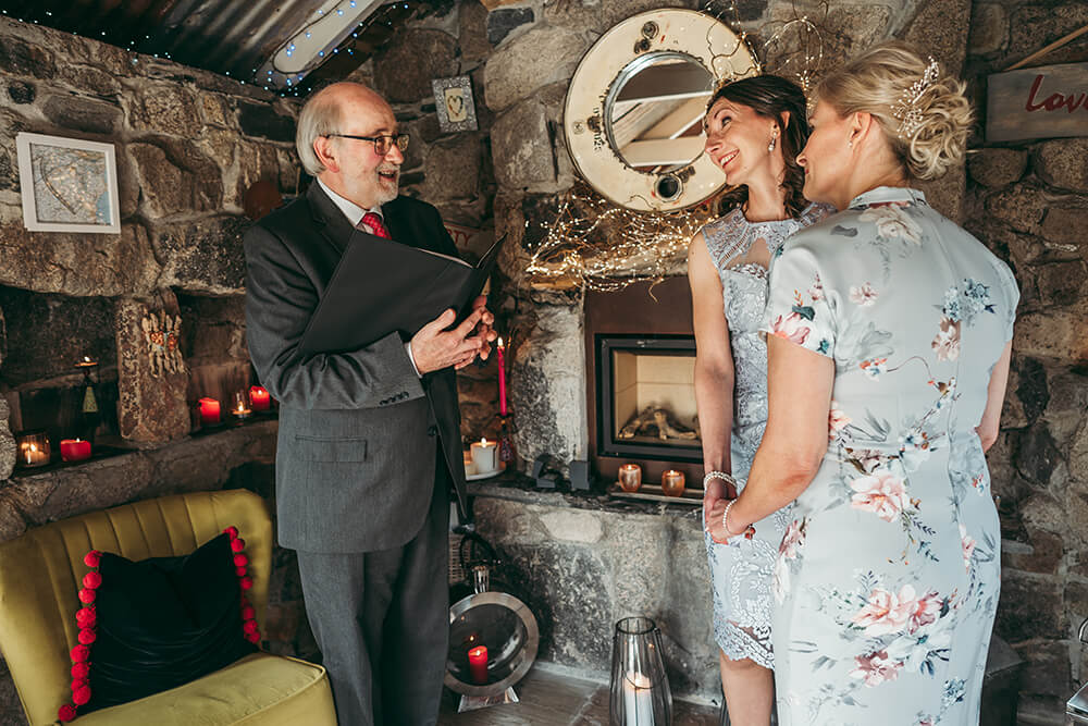 elopement weddings in cornwall - 32