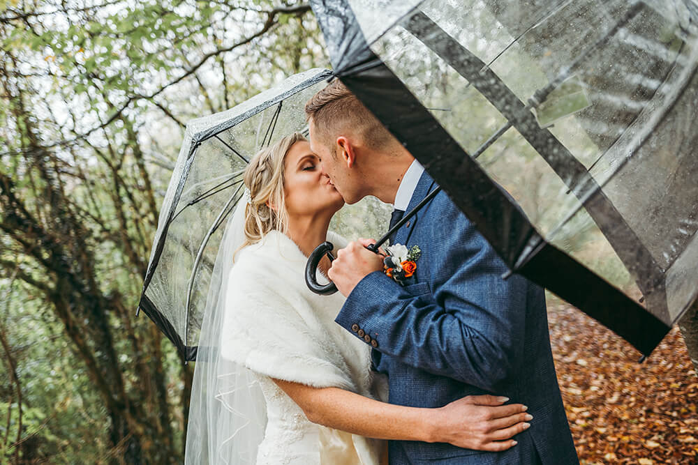autum weddings at the green in cornwall
