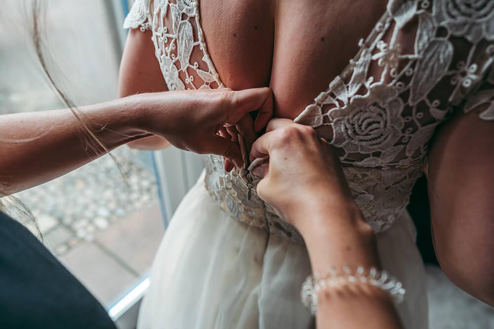 elopement weddings in cornwall - 12