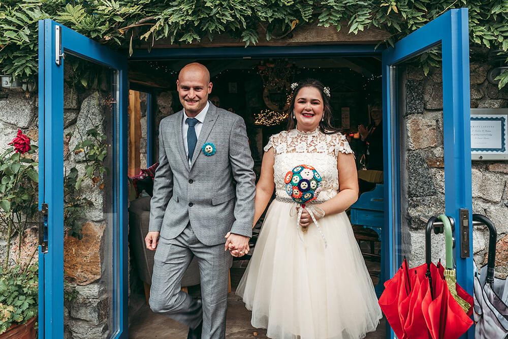 elopement weddings in cornwall - 30