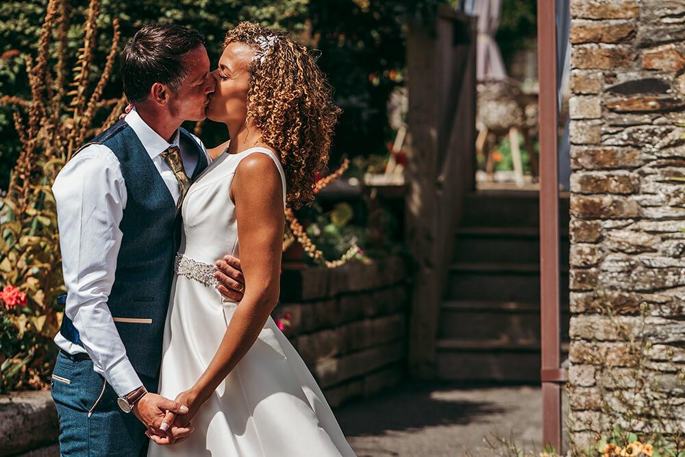 micro-weddings-in-cornwall