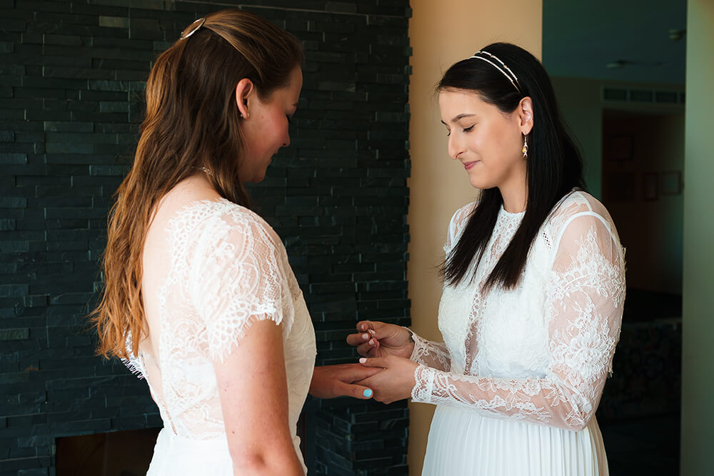 elopement beach wedding cornwall 10
