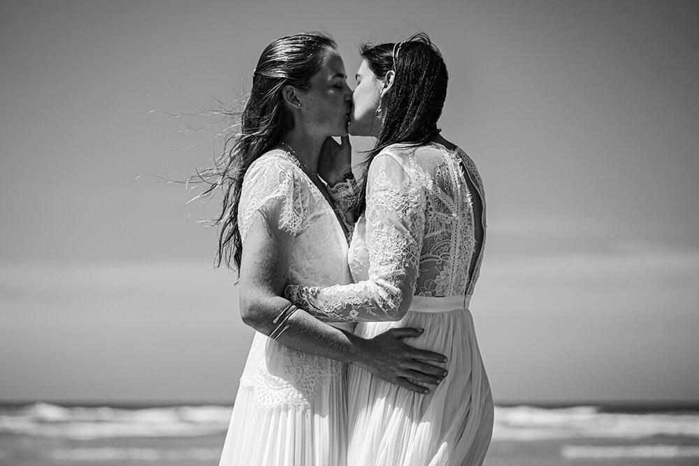 elopement beach wedding cornwall 28